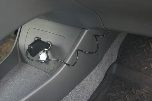 Автомобильный видеорегистратор, зарядка